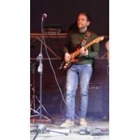 Fender _ Guitarist