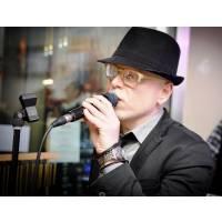 Cantante Piano Bar Napoli Torre del Greco Pianobar Karaoke Musica Matrimonio Serenata Compleanno